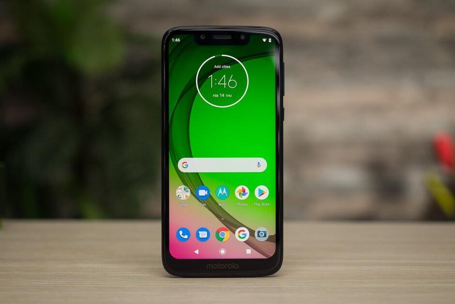 هاتف نوكيا 4.2 وهاتف Moto G7 Play